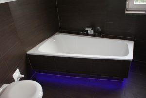Ein Bild einer Luxus Badewanne